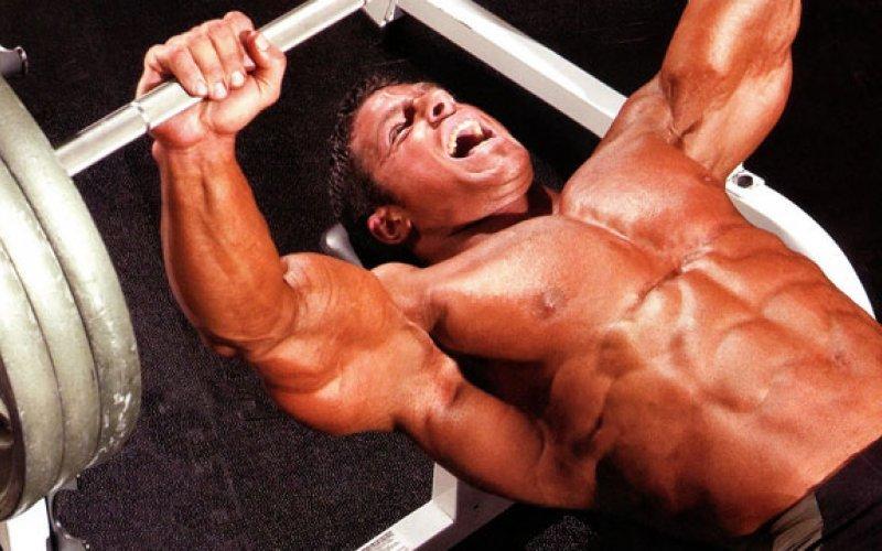 Основни и задължителни упражнения за гърди