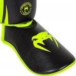 Протектори за крака Challenger Standup Shinguards Neo Yellow/Black VENUMVEN20515