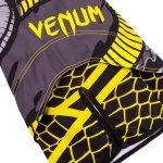 Бойни шорти Snaker Venum, Черен/ЖълтVEN22598