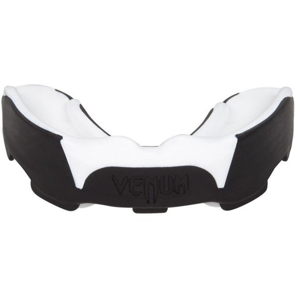Протектор за уста Predator Venum Бял/ЧеренVEN2245